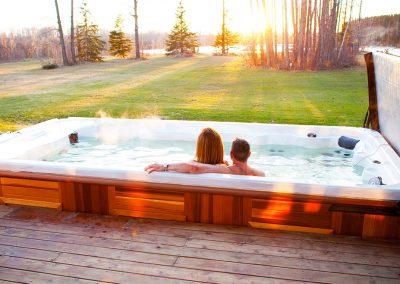 swim-spa-wolverine-couple-fun